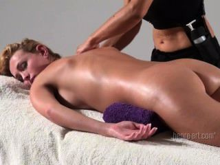Coxy Gets Blissful Body Massage