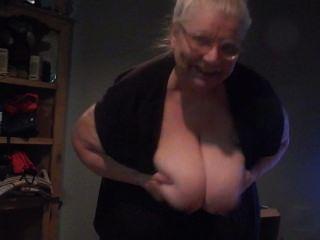 48 Dd Tits