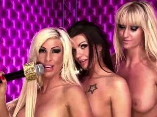 Lesbian 3for1 Mit Heisse Lola, Lejla-x Und Tiffany Angel Bei Babestation24