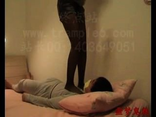 Chinese Nylon Trample And Worship
