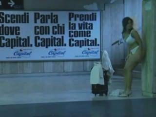 Italian Metro - Edited - Guy Removed _carefull, Loud Music At The Begin_
