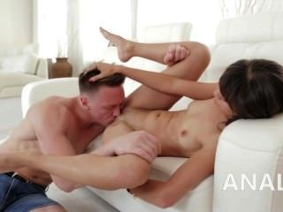 Anal Beauty Penetrated Into Her Ass Hole On The Bigbed