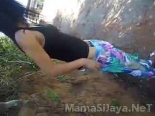 Jovencita De Brasil Sexo En Publico