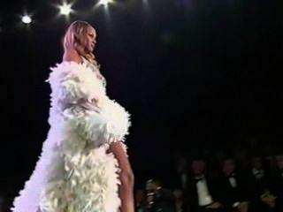 Tyra Banks: Runway!!!