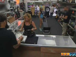 Muscular Latina Chick Spreads Eagle For Cash In Pawn Shop - 7 Min