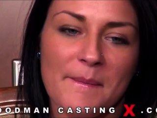 Brunette Casting Pmv