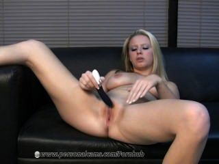 Hot Blonde Uses Her New Vibrator To Get Off