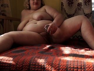 Thick Bottle Masturbates And Gets An Orgasm.