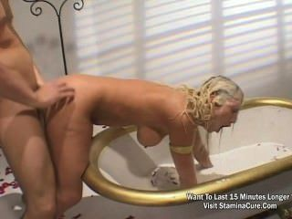 Horny Blonde Fuck On Bathtub Full Of Milk