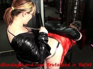Sissy Chastity Strap-on Humiliation Femdom Mistress Peggging Crossdresser