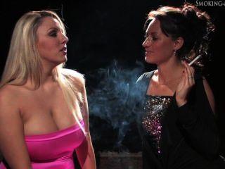 Smoking Perfection Danni