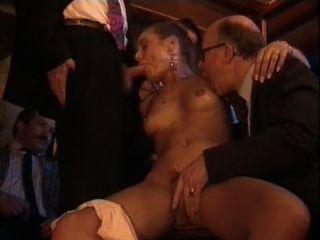 Jeanna & Zara Whites In Orgy