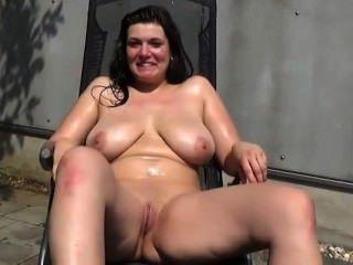 Mijando Em Putas Amadoras - Piss On Sluts 30