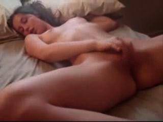 Brunette Amateur Chick Masturbates