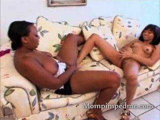 Black Teen Pussy Inspected By Ebony Milf