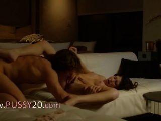 Lovers Peak Sex On The New Sofa
