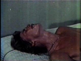 Peepshow Loops 244 1970s - Scene 2