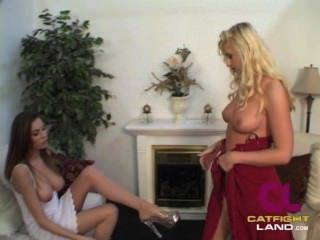 Lesbian Sex Fight Vs. Bobbie Eden And Jamie Lynn