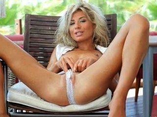 Incredible Wow Blonde Opening Her Pussy
