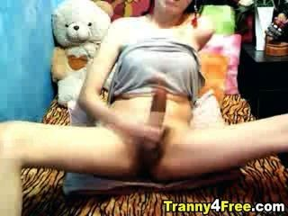 Tranny Carries A Huge Cock