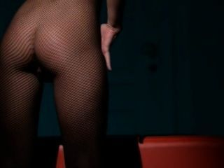 Luxury Model Masturbating In Pantyhose