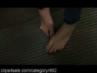 The Very Best In Barefoot Action At Clips4sale.com