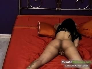 Hottest Amatueur 19yo Tattoed Latina Teen Enjoy Playing In The Bed On Webca