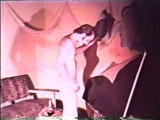 Peepshow Loops 383 1970s - Scene 2