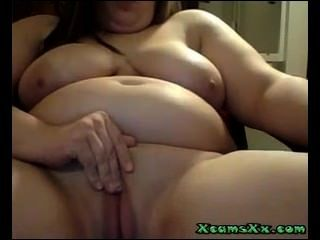 Bbw Teen With Big Tits Masturbates On Webcam