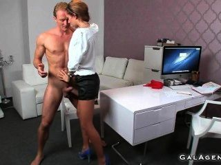 Female Agent Fucked On Couch In Office