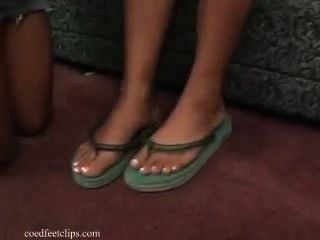 Sexiest Foot Worship And Smelling 2 Ebony Girls With French Peds Wrinkling