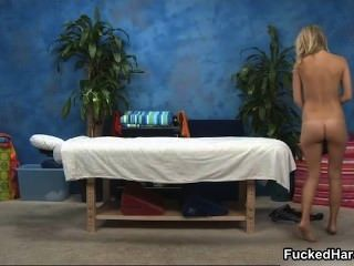 Naked Big Booty Blonde Gets A Sensual Part5