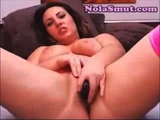 Amateur Sucks Her Black Dildo After Bating