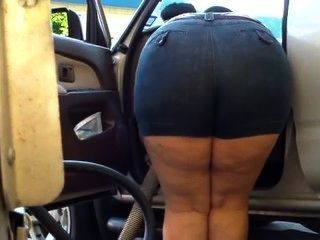 Mom Bend Over Chubby - Big Butt - Plumper Booty - Mature Voyeur Granny Ass