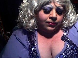Dianel Sissy Smoke Whore