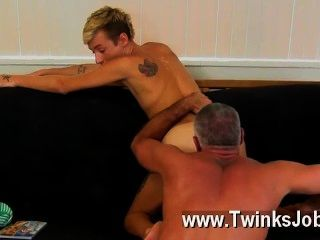 Gay Orgy This Remarkable And Beefy Hunk Has The Jaw-dropping Twink Mason