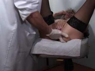 Gynecologie Abusive Volume 7 - Scene 1