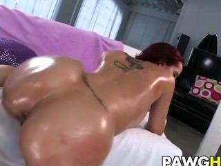 Pawg Kelly Divine Gets Slammed