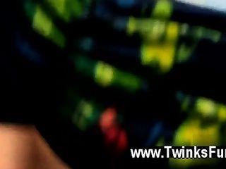 Twinks Xxx Bentley Gets A Fresh Bare