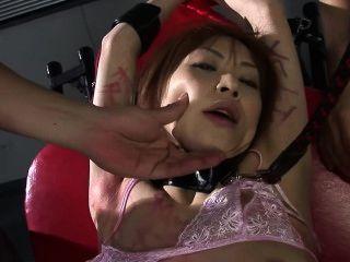 Misshitsu Ryoujyoku Miina Yoshihara - Scene 1
