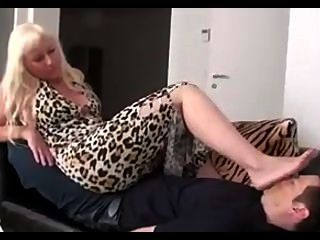 Beautiful Mature Mistress Feet Worship