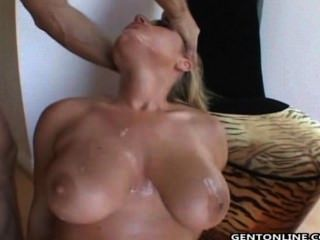 Velicity Von Hot Threesome Banging